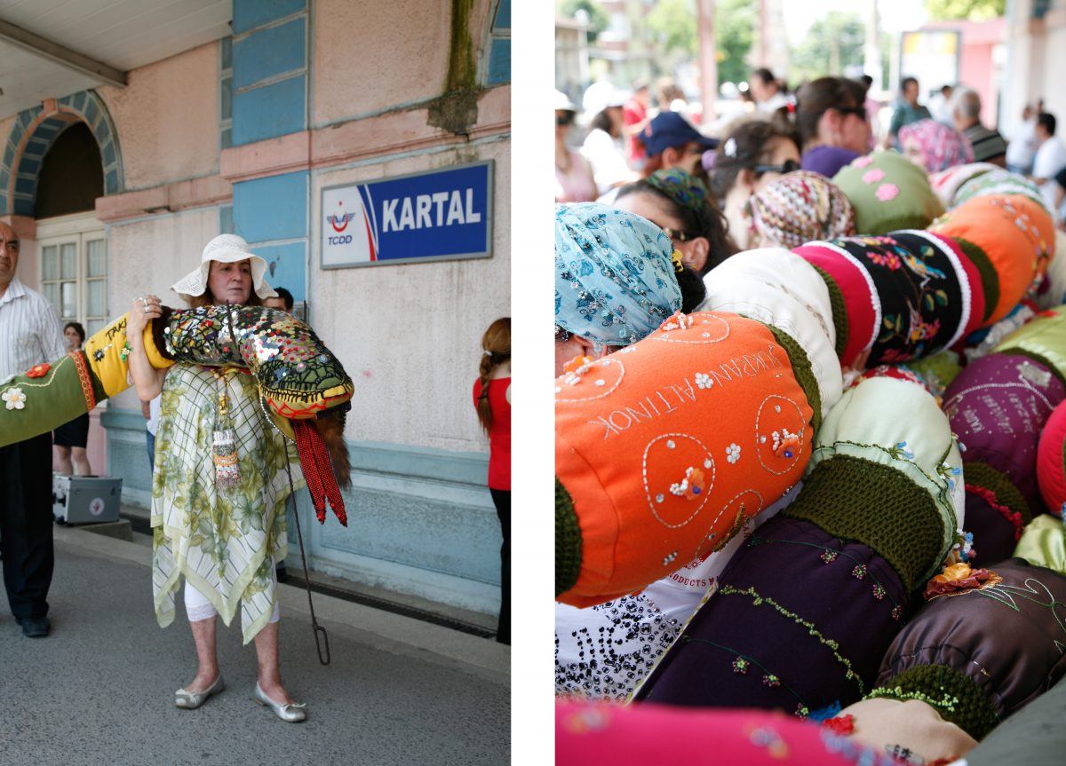 March with snake, Kartal trainstation