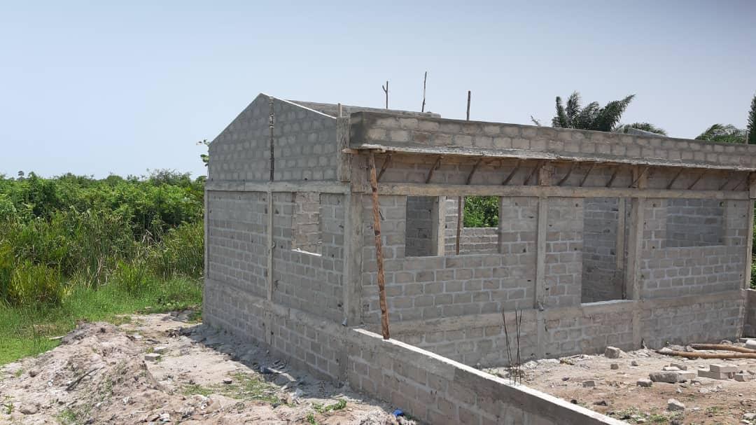 Bau einer Tempel für Mami Wata als Teil von Maison Gbébé, das Kultur Zentrum in Agouegan, Aného